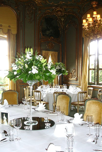 Flower-arrnanging-and-floristry-courses-at-Cranbrook-Interiors-Ascot-Berkshire